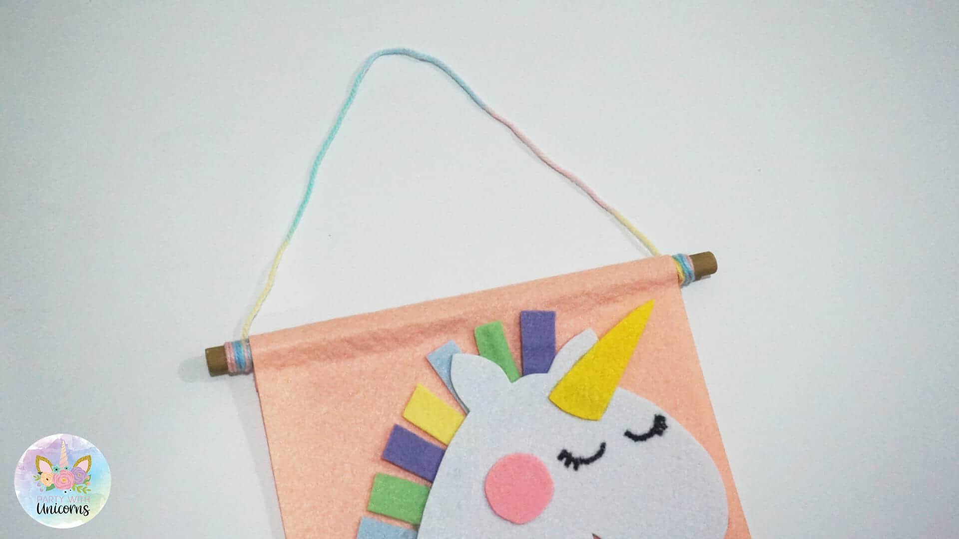 Unicorn Banner Instructions