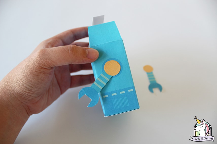 Robot Favor Box Step 6