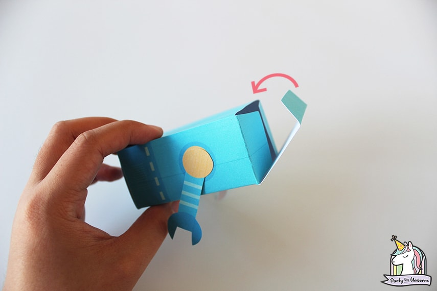 Robot Favor Box Step 8