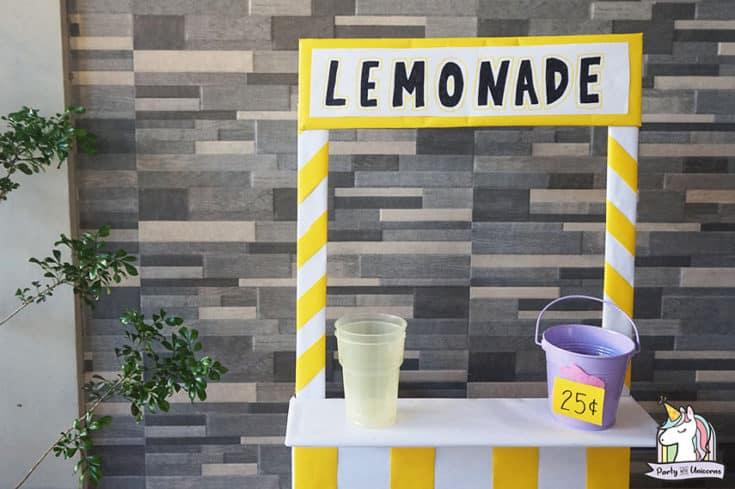 DIY Cardboard Lemonade Stand