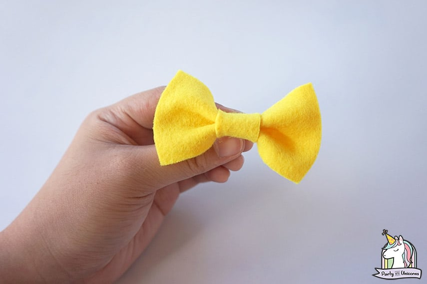 Pineapple Bow Clip Step 3