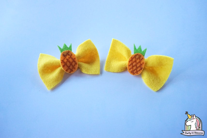 Pineapple Bow Clip Step 9