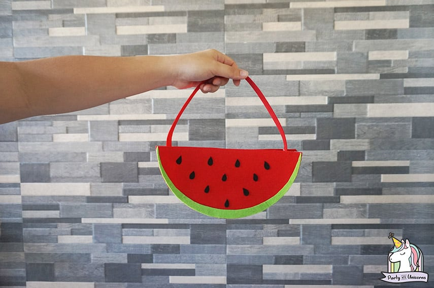 Summer Crafts for Kids - DIY Watermelon Bag