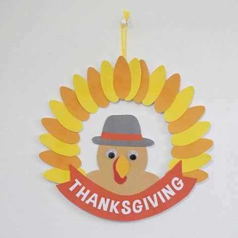 DIY Thanksgiving Turkey Paper Wreath