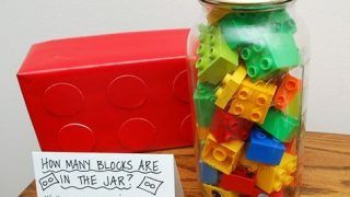"""""""Guess The Number of Lego Brick"""" Game"""