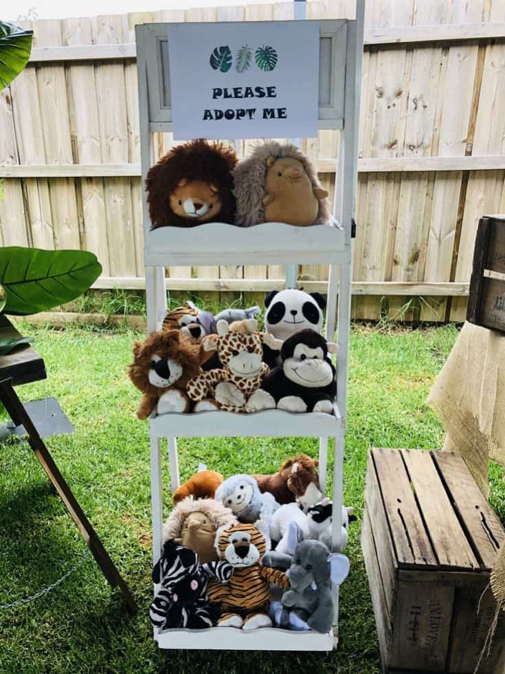 Wild Stuffed Animals Party Favors