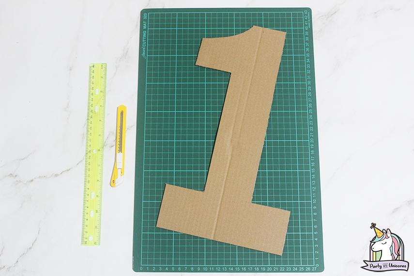 Moana Floral Number Craft Favor Box Step 2 image